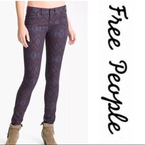FREE PEOPLE| Aztec Print Purple/Burgundy Jeans